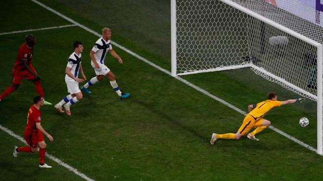 Điểm lại 11 pha phản lưới nhà tạo nên Euro 2020 kỳ lạ nhất lịch sử - 6