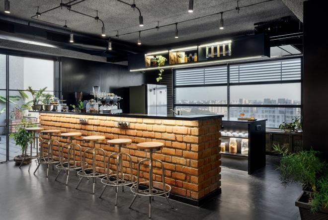 Quán cà phê đa zi năng thiết kế đẹp lạ, bày nhiều tác phẩm nghệ thuật - 10