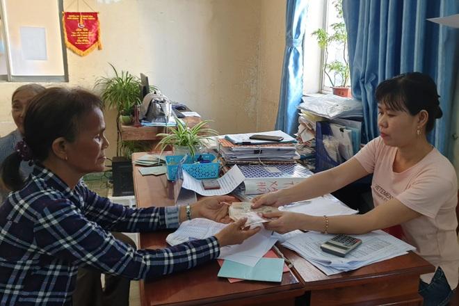 Dịch Covid-19, Phú Yên chi trả tiền trợ cấp tháng 7 và 8 vào cùng một đợt - 1