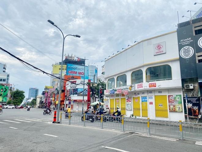 Mặt bằng bán lẻ khổ vì dịch: Giá ở Hà Nội vẫn nhích, tại TPHCM giảm mạnh - 3