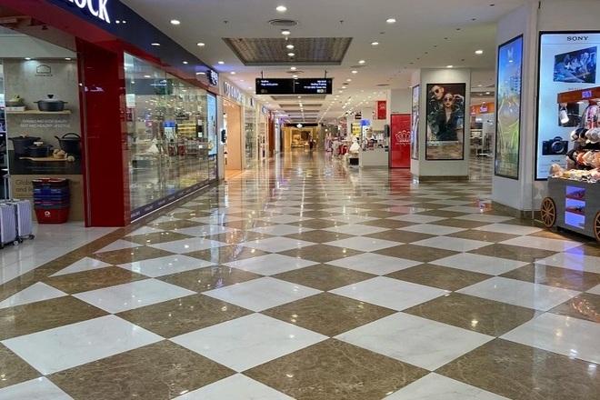 Mặt bằng bán lẻ khổ vì dịch: Giá ở Hà Nội vẫn nhích, tại TPHCM giảm mạnh - 1