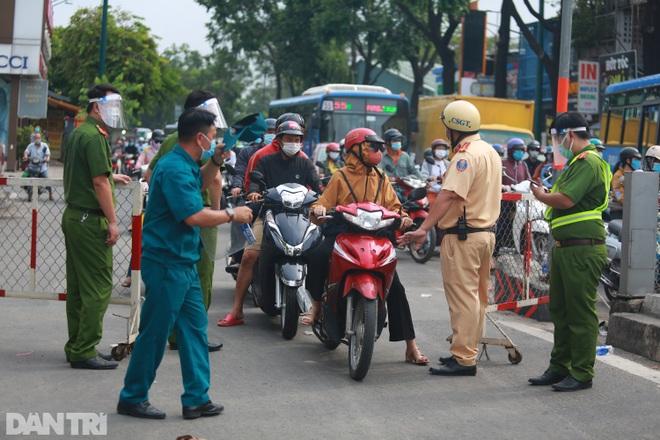 TPHCM: Để tụ tập bất kể lý do, người đứng đầu địa phương bị xử lý nghiêm - 1