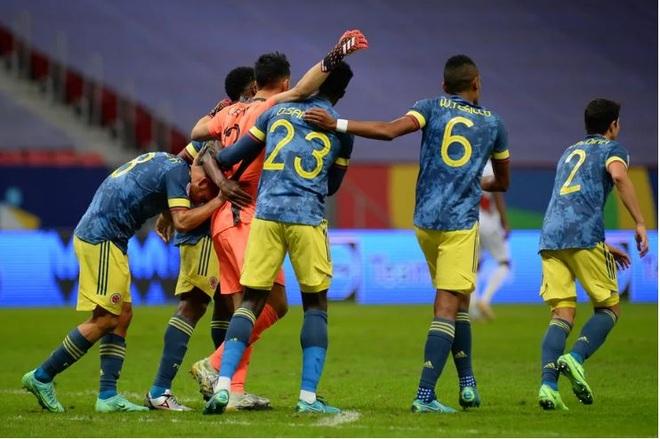 Colombia chiến thắng nghẹt thở Peru ở trận tranh hạng ba Copa America - 2