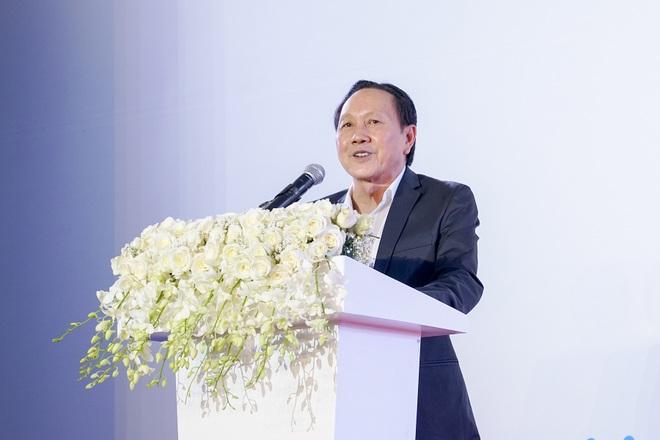 Người của tỷ phú Trần Bá Dương rút hết vốn khỏi công ty vua cá Hùng Vương