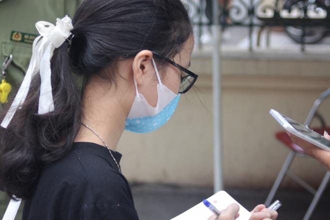 Hôm nay, hơn 3000 thí sinh tranh tài vào lớp 6 trường THCS Nguyễn Tất Thành - 9