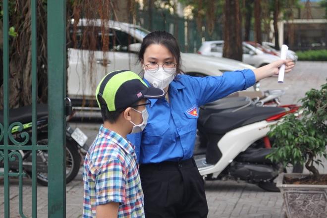 Hôm nay, hơn 3000 thí sinh tranh tài vào lớp 6 trường THCS Nguyễn Tất Thành - 20