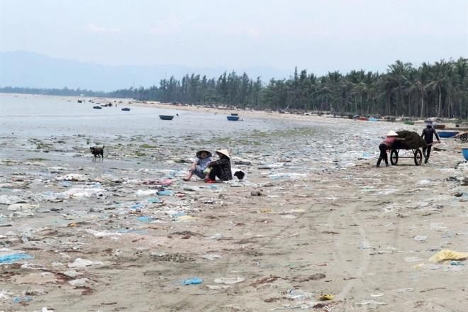 Kinh hãi cảnh rác thải nhựa dày đặc trên đảo ngọc của Quảng Nam - 6