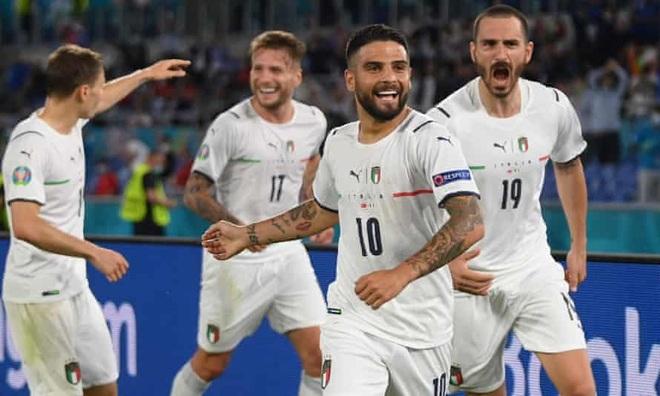 Đội tuyển Italia vô địch Euro 2020: Tòa lâu đài xây dựng từ… nỗi đau - 2