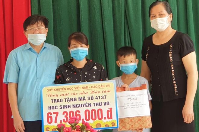 Quỹ Khuyến học Việt Nam trao tặng cậu học trò nghèo hơn 67 triệu đồng - 3