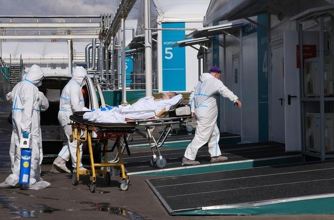 Nga tăng kỷ lục ca Covid-19, trở thành vùng dịch chết chóc nhất châu Âu - 1