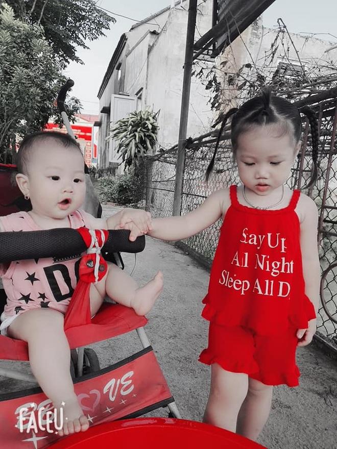 Xúc động khoảnh khắc 2 bé gái F0 vui chơi trong khu điều trị Covid-19 - 6
