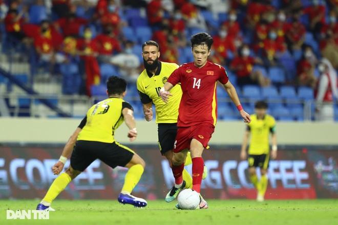 Vì sao HLV Park Hang Seo có thể loại Văn Hậu ở vòng loại U23 châu Á? - 2