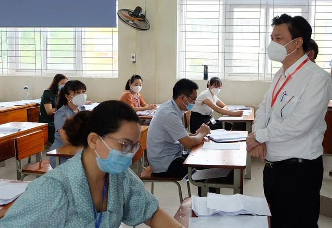 Chấm thi tốt nghiệp THPT: Chấm mở, đặt quyền lợi của thí sinh lên cao nhất - 1