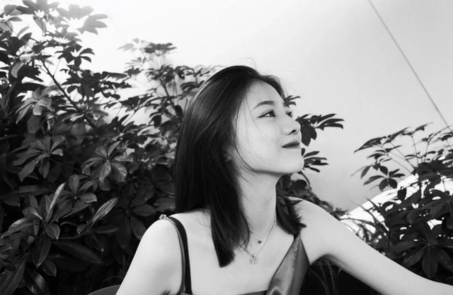 16 tuổi, con gái riêng của chồng Chương Tử Di trổ mã xinh đẹp