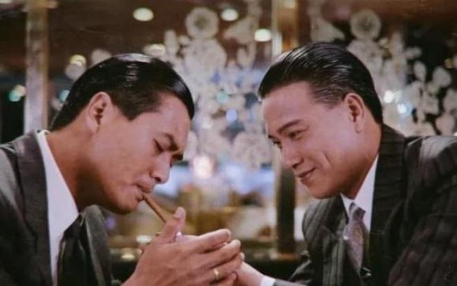 Trùm phản diện xả 10 nghìn đô la Hồng Kông xuống bồn cầu giờ thế nào? - 2