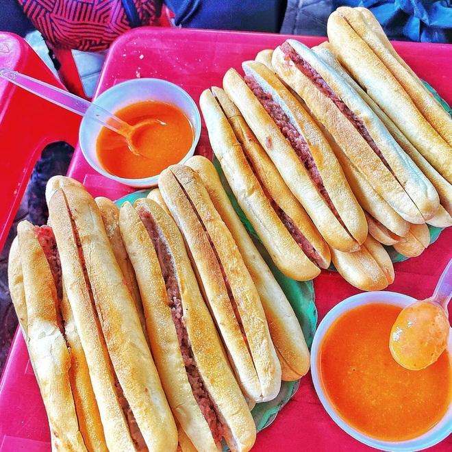 5 versions of delicious specialty bread of Vietnamese cuisine - 2