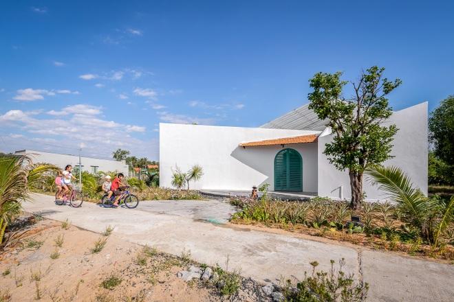 Nơi trú Covid-19 độc đáo đầy nắng, gió và cây xanh của gia đình ở Phú Yên - 1