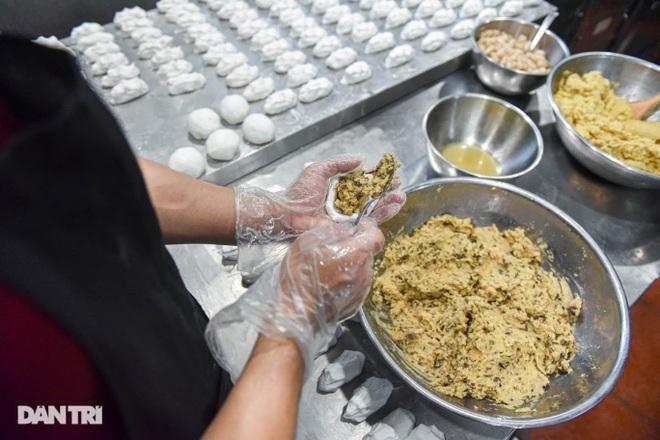 Tìm lại hương vị Việt trong món bánh nếp trứ danh Hà thành - 9