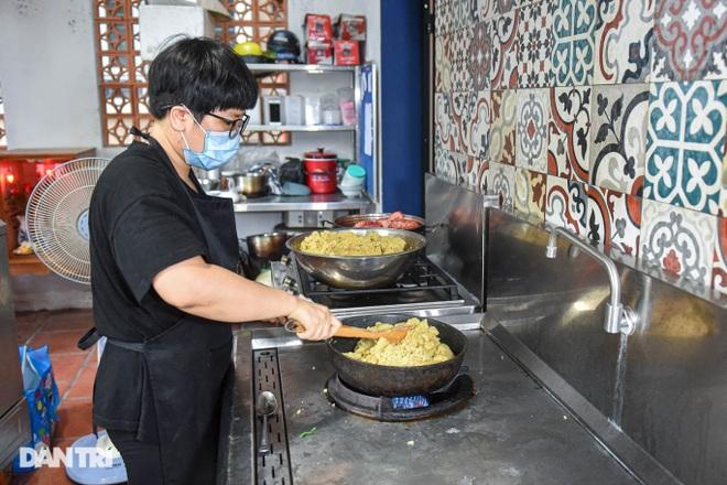 Tìm lại hương vị Việt trong món bánh nếp trứ danh Hà thành - 7