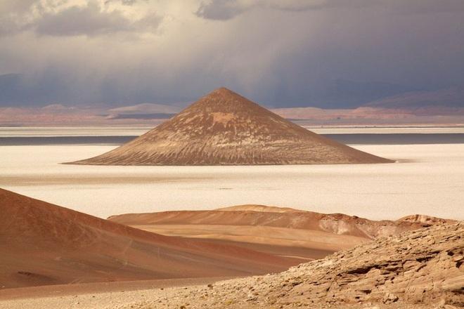 Cono de Arita - Kim tự tháp tự nhiên bí ẩn nhất thế giới ở Argentina - 2