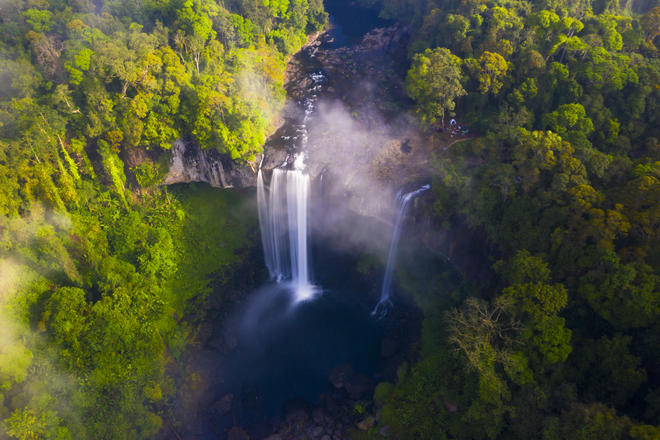 Watching the waterfall is likened to a sleeping princess in the forest in the Central Highlands - 1