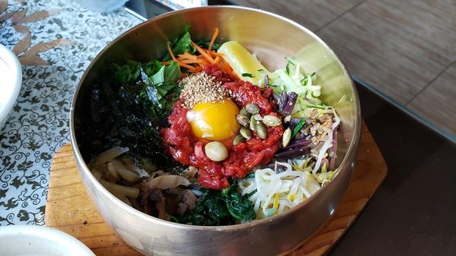 5 đặc sản ăn tươi nuốt sống ở Hàn Quốc khiến thực khách rùng mình - 2