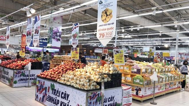 Vào cuộc xử lý vụ mua gom hàng siêu thị ra vỉa hè bán giá cao ở Sài Gòn - 1