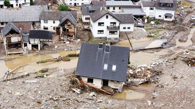 1.300 người mất tích trong mưa lũ lịch sử ở Đức - 3