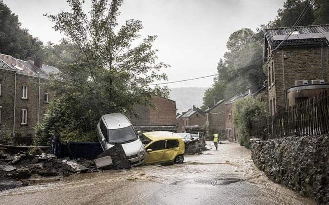 1.300 người mất tích trong mưa lũ lịch sử ở Đức - 6