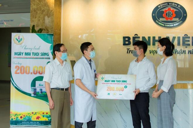 Nutri Ancan trao 200.000 suất quà dành tặng người bệnh ung thư trên toàn quốc - 2