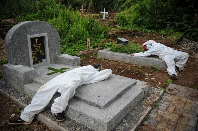 Số ca tử vong Covid-19 tăng nhanh, Đông Nam Á thành điểm nóng dịch bệnh - 1