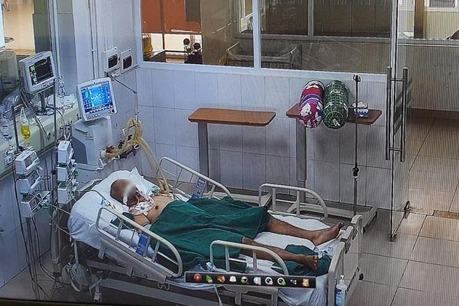 Tấm phim X-quang trắng xóa và những đêm ho muốn nổ phổi vì Covid-19 - 2