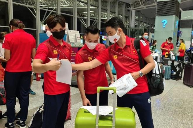 Bộ trưởng Nguyễn Văn Hùng khích lệ đoàn Thể thao Việt Nam dự Olympic - 1