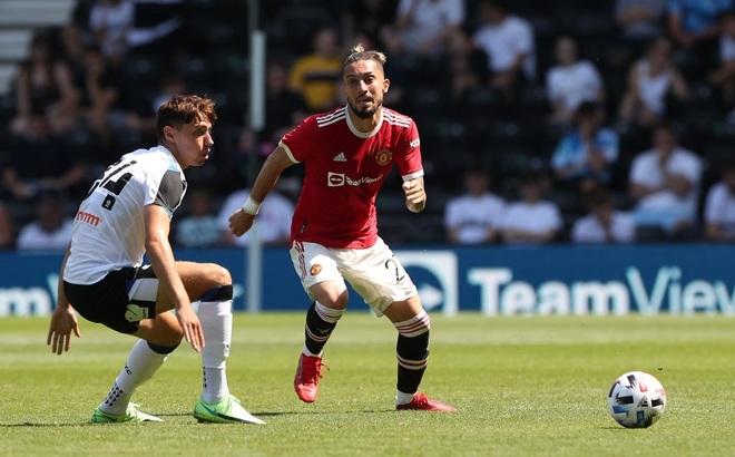 Man Utd thắng nhẹ nhàng trước đội bóng của Wayne Rooney - 10