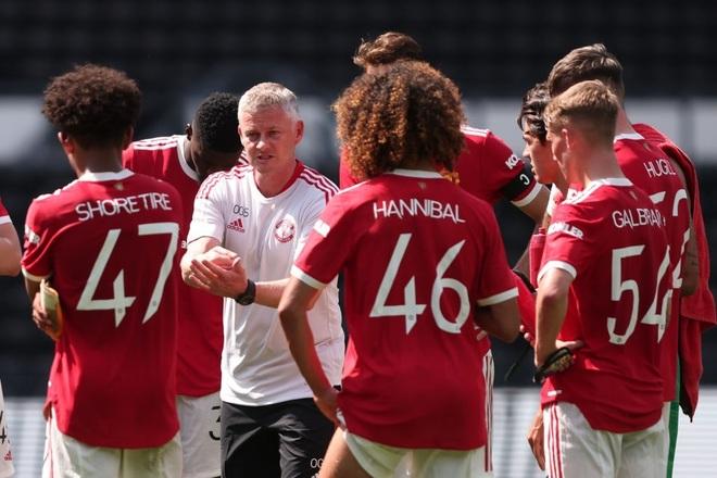 Man Utd thắng nhẹ nhàng trước đội bóng của Wayne Rooney - 9