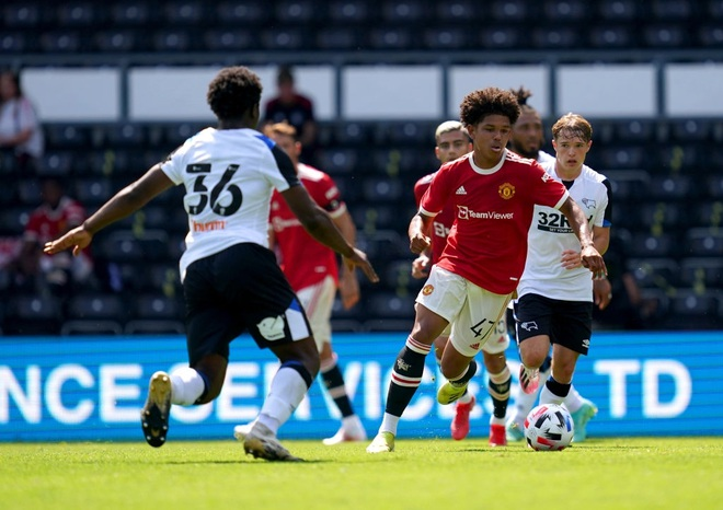 Man Utd thắng nhẹ nhàng trước đội bóng của Wayne Rooney - 7