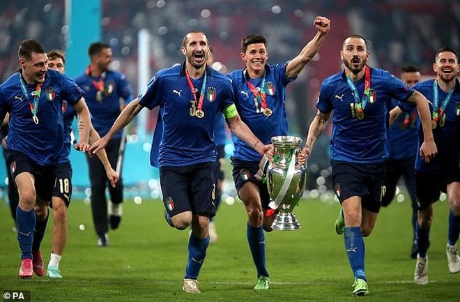 Bonucci châm chọc đội tuyển Anh sau trận chung kết Euro 2020 - 2