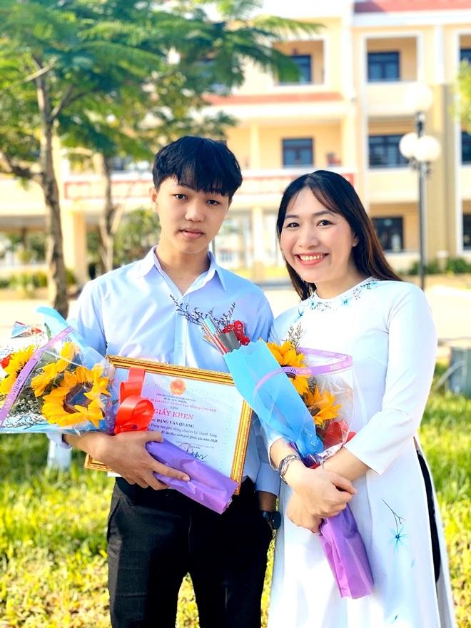 Thí sinh đạt điểm 10 môn Văn đã trúng tuyển vào Đại học Ngoại thương Hà Nội - 1