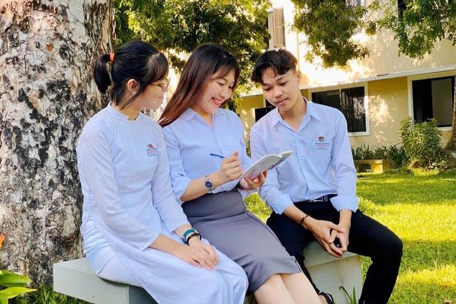 Thí sinh đạt điểm 10 môn Văn đã trúng tuyển vào Đại học Ngoại thương Hà Nội - 2