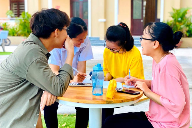 Thí sinh đạt điểm 10 môn Văn đã trúng tuyển vào Đại học Ngoại thương Hà Nội - 3