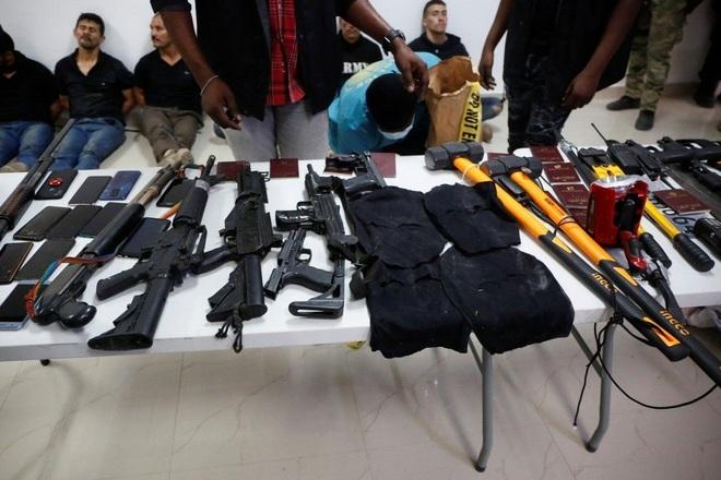 Thế giới ngầm đằng sau nhóm lính đánh thuê ám sát Tổng thống Haiti - 1