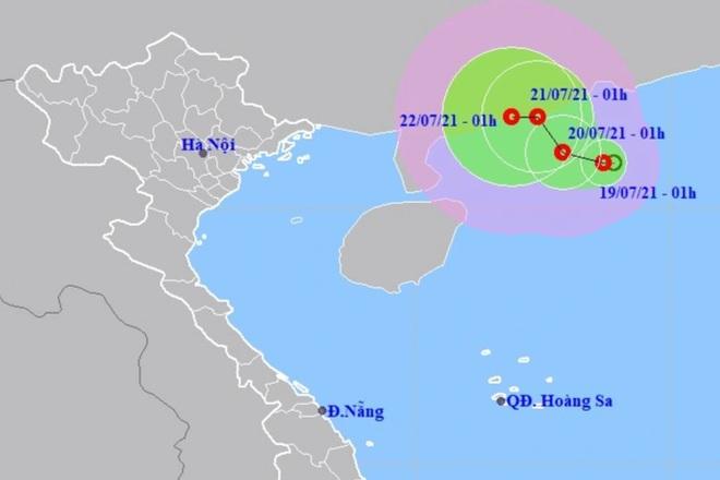 Áp thấp nhiệt đới trên Biển Đông có khả năng mạnh thêm - 1