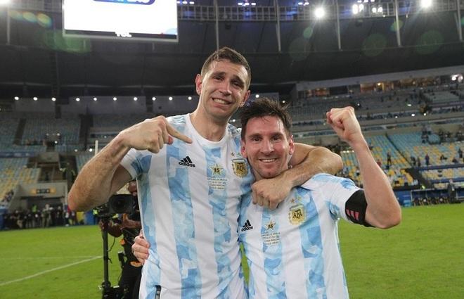 Tôi hóa Super Saiyan khi ở cạnh Messi, nguyện chết vì anh ấy - 1