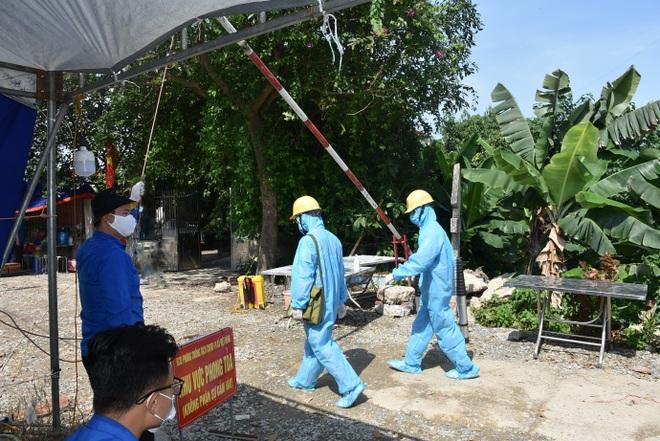 EVNHANOI đảm bảo điện phục vụ phòng chống dịch, sản xuất kinh doanh, tiêu dùng của người dân - 2