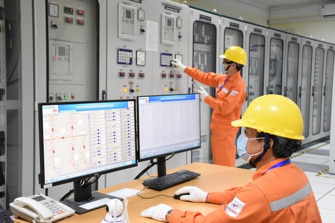EVNHANOI đảm bảo điện phục vụ phòng chống dịch, sản xuất kinh doanh, tiêu dùng của người dân - 3