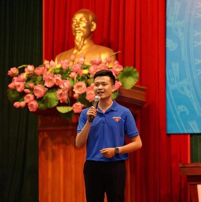 Trần Minh Cường từ bỏ ngành cảnh sát để làm thầy giáo công tác Đội - 1