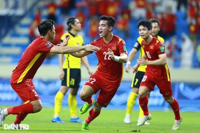 Siêu máy tính dự đoán về thứ hạng của tuyển Việt Nam ở vòng loại World Cup - 1