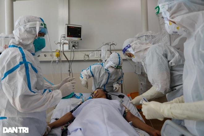 Số bệnh nhân Covid-19 nặng tăng nhanh: Nguyên nhân do đâu? - 2