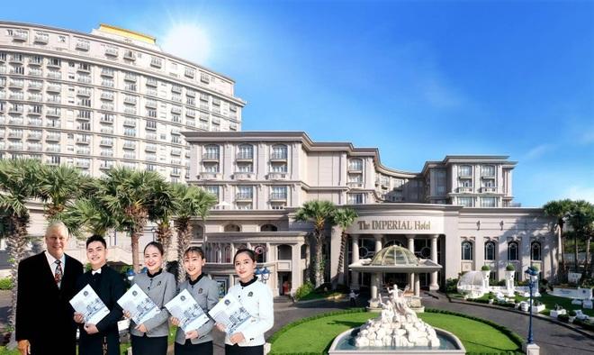 Du học tại khách sạn 5 sao, nghề thăng tiến nhanh thu nhập khủng - 1