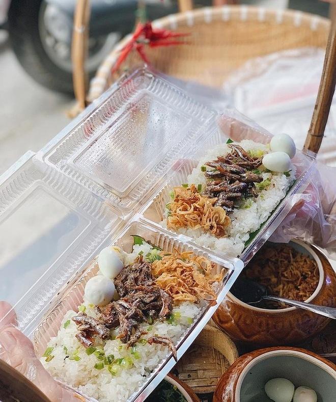 Món xôi nóng hổi ăn kèm của lạ, giá bình dân chỉ hơn cốc trà ở Nha Trang - 4
